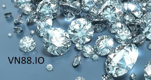 Nằm mơ thấy kim cương tốt hay xấu? Điềm báo gì? Đánh con gì may mắn?